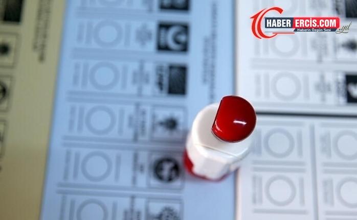 Anket: 4 parti barajı aşıyor, en kararlı seçmen HDP'de