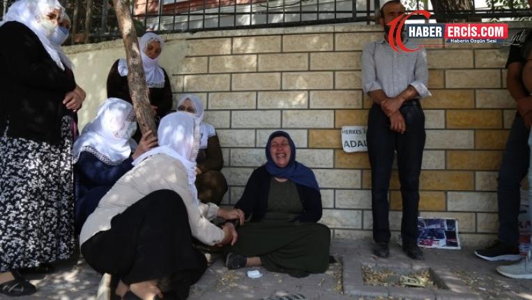 Barış Anneleri ve gençlerden Şenyaşar ailesine ziyaret