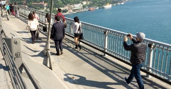 Boğaziçi Köprüsü'nde Trafik Selfie'si