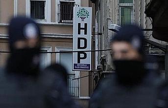 Birçok yerde ev baskınları: HDP'li adaylar da gözaltında