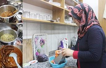 Erciş'te yöresel yemekte bir ilk,kadınlarla bir araya gelmeyi bekliyor