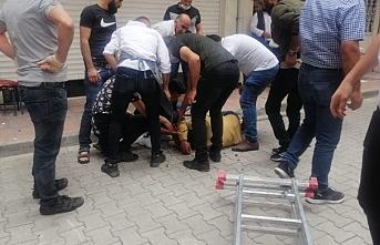 İpekyolun'da kavga:1'i ağır 5 yaralı
