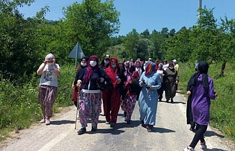 Kirazlıyayla'da yol kesen 12 kadın gözaltına alındı