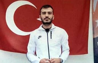 Bayraktar iki set çalışanını taciz etti