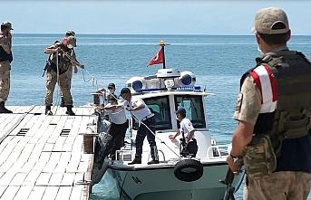 Van Gölü'ndeki çalışmalar 41'inci gününde devam ediyor
