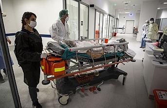 Yatışı yapılması gereken hastalar acilde bekletiliyor
