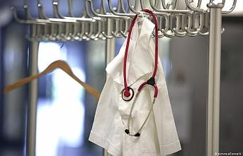 Kovid-19 nedeniyle 3 hekim daha hayatını kaybetti