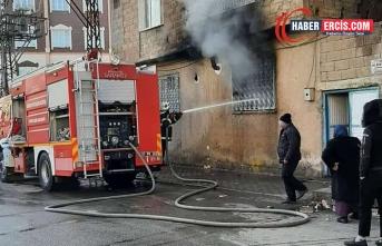 Antep'te çıkan yangında 2 çocuk yaşamını yitirdi