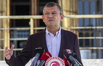 Özel'den Erdoğan'a: Küfürleri aynen kendisine iade ediyoruz