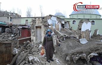 Van'da Depremde yıkılan binlerce yapıdan sadece 570'i yapılıyor