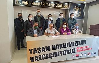 Van'da sağlık emekçileri: Yaşam hakkımızdan vazgeçmiyoruz, ölümleri durdurun!