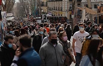 Araştırma: Türkiye'de halkın yüzde 82'si ülkenin yanlış yolda ilerlediğini düşünüyor