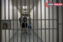 Diyarbakır'da 5 aylık hamile öğretmen de gözaltında