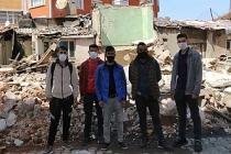 Evleri yıkılan Kürt işçiler 4 gündür sokakta