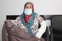 Polis 55 yaşındaki kadının kolunu ve dişlerini kırdı