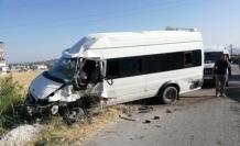 Van'da 2 Minibüs Kafa Kafaya Çarpıştı: 1 Ölü, 3 Yaralı