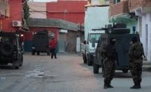 Çatak'ta ev baskınları: 16 kişi gözaltına alındı