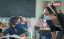 Açılmayan okullarda karneler dağıtılıyor: MEB sınıfta kaldı!