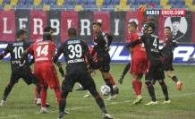 Beşiktaş, deplasmanda 3 puanı 3 golle aldı
