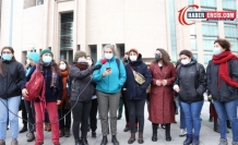 Gözaltındaki kadınlara destek: Birbirimizi bırakmayacağız