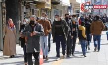 Van-Hakkari Tabip Odası Başkanı Dr. Yaviç: Sosyal mesafe diyenler kural tanımıyor