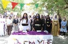Van'da Kadınlardan halaylı 'Kendimizi savunuyoruz' etkinliği