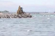 Kayyım Van Gölü'ne hafriyat döktü