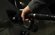 Benzinin litresine 44 kuruş zam yapıldı