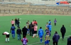 Van Amatör Küme Play Off Müsabakasında Erciş Belediye Spor, Van Tedaş sporu 2-1 mağlup ederek liderliğini sürdürdü.