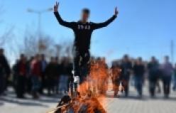Yüzüncü Yıl Üniversitesi Erciş Meslek Yüksek Okulunda Newroz Kutlandı