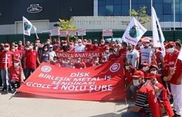 DİSK'ten 'hak' eylemindeki işçilere ziyaret