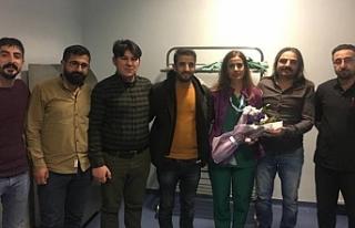Van'da KHK ile ihraç edilen Figen Çolakoğlu...