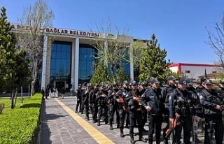 Bağlar Belediyesi'nde HDP'li 3 meclis üyesinin...