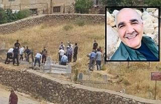 Kürt siyasetçi Tekin defnedildi