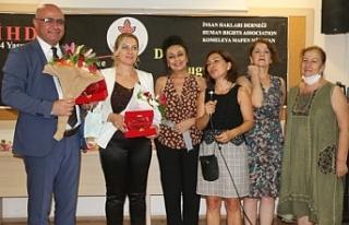 Ayşenur Zarakolu Ödülü Mızraklı ve Öztürkoğlu'na...