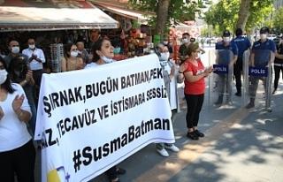 Polis tecavüzü kınayan pankartı yasakladı