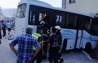 Jandarmayı taşıyan minibüs kaza yaptı