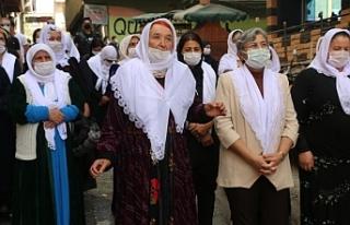 Kadınlar Hakkari'den seslendi: Barış deklarasyonunun...