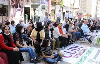 Şırnak'ta oturma eylemi bölge vekillerinin katılımıyla...