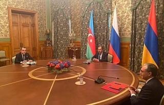 Azerbaycan ve Ermenistan dışişleri bakanları Moskova'da