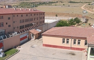 Elbistan Cezaevi'nde tüm tutuklular koronaya...