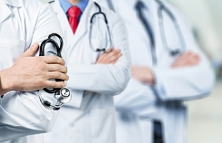 İki doktor Kovid-19'dan yaşamını yitirdi