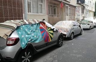 İstanbul'da doluya halı ve kartonlu önlem