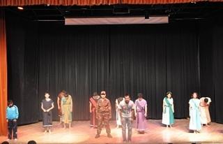 Kürtçe oyuna 'kamu düzeni' yasağı