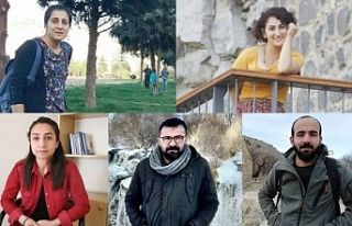 Van'da gazeteciler tutuklama talebiyle mahkemeye...