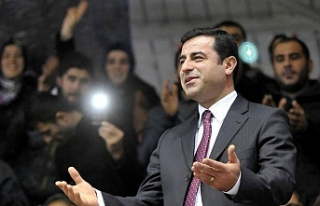 Demirtaş'ın avukatları: İçerde tutulmasına...