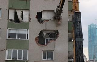 Depremin 8'inci günü: Gönüllülerden alanı...