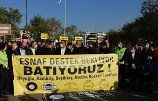 İstanbul esnafı alanlara indi: Dilenmektense direneceğiz