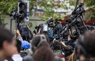 Rüşvet ve yolsuzluk dosyası 'gazetecilere'...