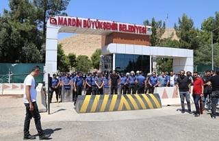 Belediyenin parası seçimde AKP'lilere elden...